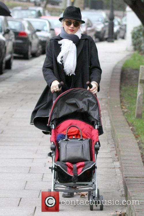 Gwen Stefani, Princess Of Wales, Gavin, Kingston and Primrose Hill 11