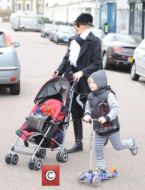 Gwen Stefani, Zuma, Princess Of Wales, Gavin, Kingston and Primrose Hill 10