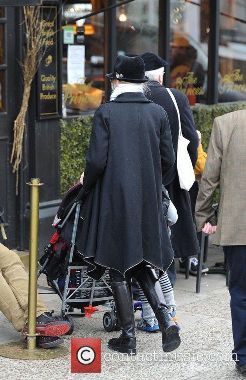 Gwen Stefani, Princess Of Wales, Gavin, Kingston and Primrose Hill 11