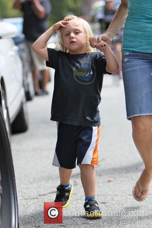 Gwen Stefani takes her son Zuma to play...