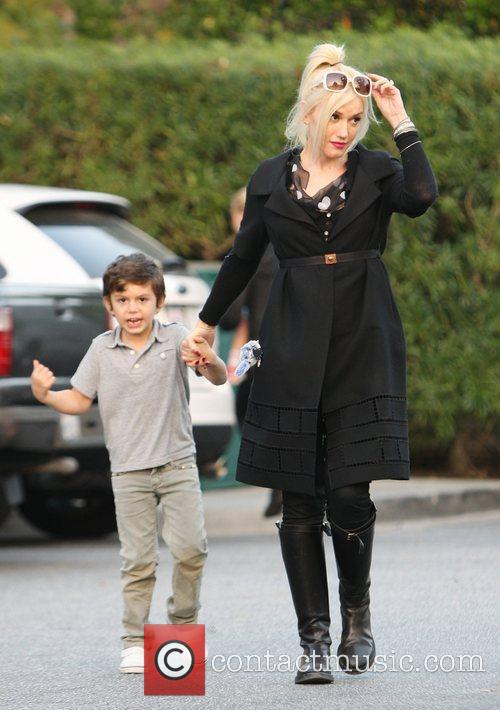 Gwen Stefani and her son Kingston Rossdale arriving...