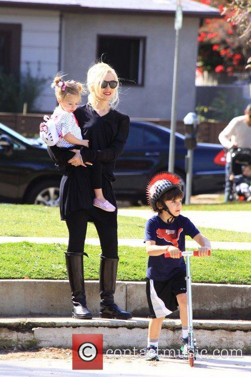 Gwen Stefani, Kingston Rossdale Gwen Stefani spends the...
