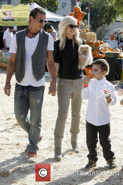 Gavin Rossdale, Gwen Stefani and Zuma Rossdale 2