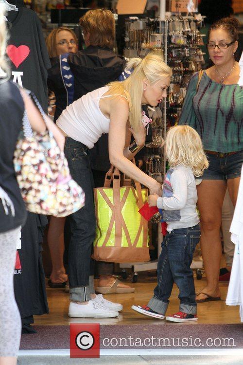 Gwen Stefani comforts her son Zuma Rossdale in...