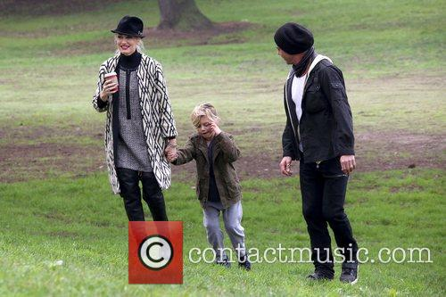 Gwen Stefani, Kingston Rossdale and Gavin Rossdale 10