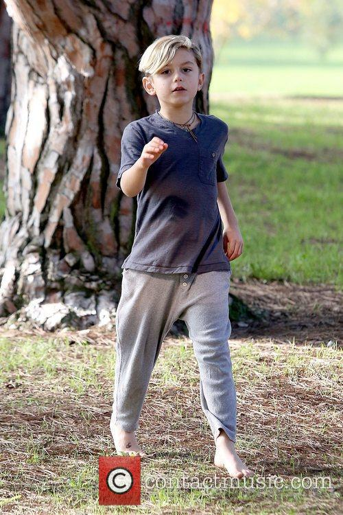 Kingston Rossdale enjoys a day at a park...