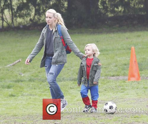 gwen stefani and family attend a party 20021340