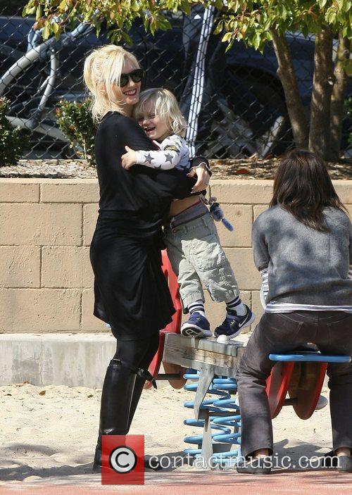 gwen stefani and son zuma rossdale attend 3737288