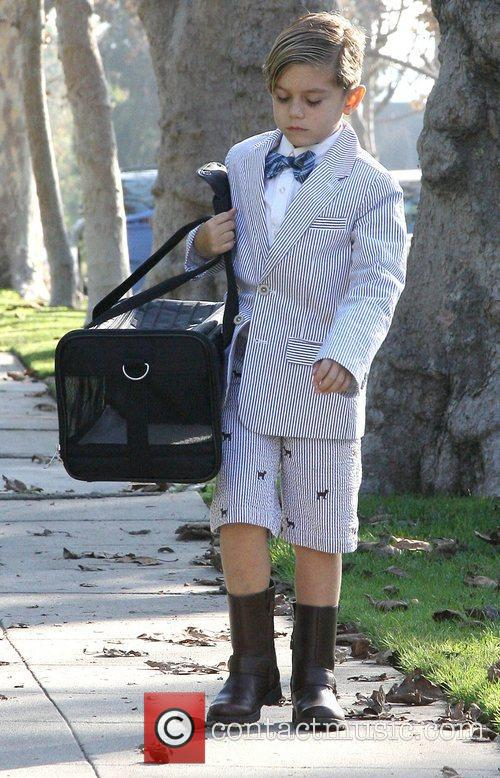 Gwen Stefani's son Kingston in bow tie and...