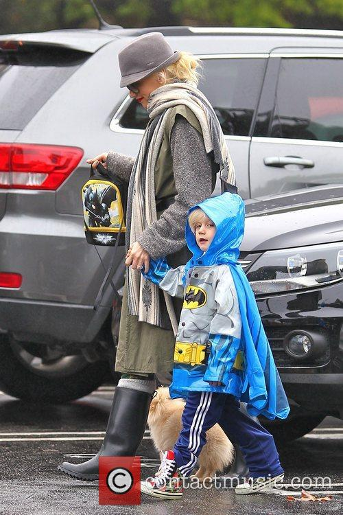 Gwen Stefani, Zuma Rossdale and Sherman Oaks 8