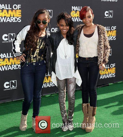 Actresses Sierra Aylina McClain, China Anne McClain and...