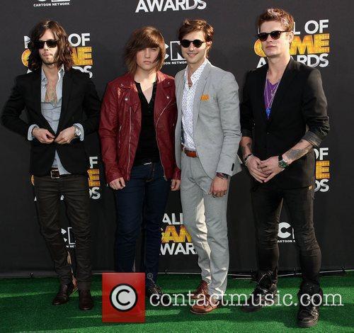 hot chelle rae pose 2012 cartoon network 3738436