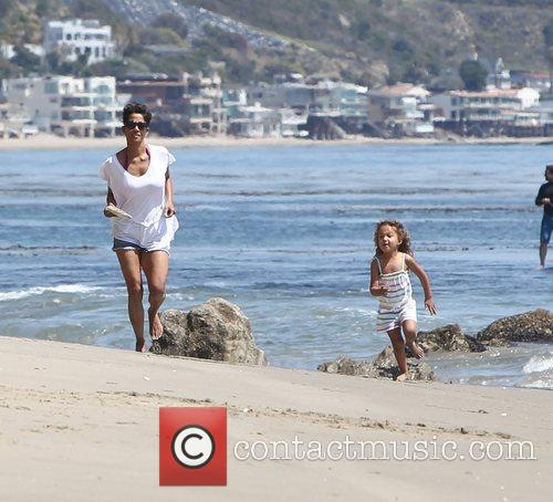 Halle Berry and daughter Nahla Aubry playing on...