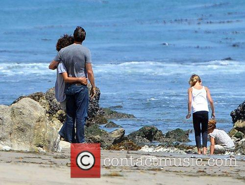 Halle Berry, Olivier Martinez and Malibu Beach 2