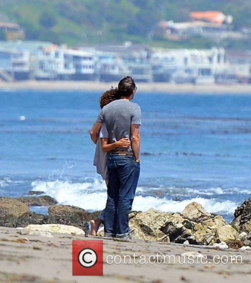 Halle Berry, Olivier Martinez and Malibu Beach 5