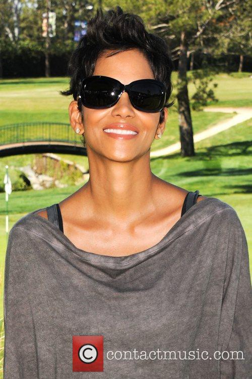 Halle Berry and Celebrity Golf Classic 11