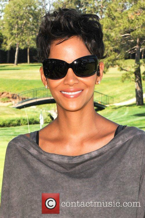 Halle Berry and Celebrity Golf Classic 13