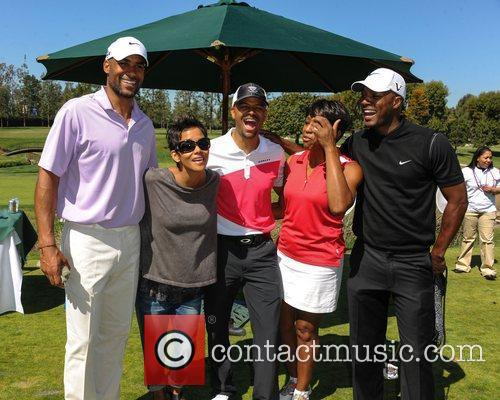 Boris Kodjoe, Halle Berry and Celebrity Golf Classic 5
