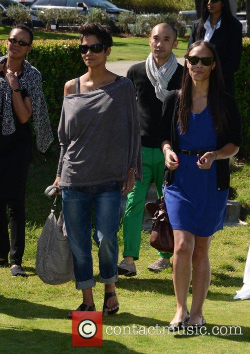 Halle Berry and Celebrity Golf Classic 19