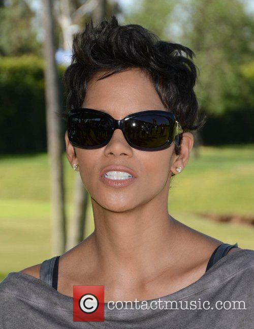 Halle Berry and Celebrity Golf Classic 26