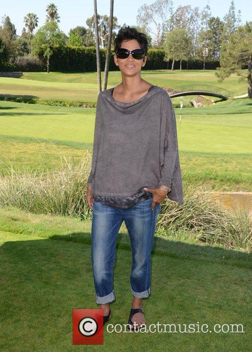 Halle Berry and Celebrity Golf Classic 30