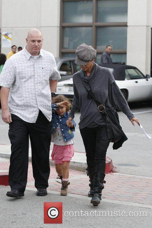 Halle Berry and Nahla Aubry 8