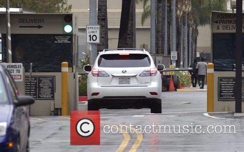 Arrives at Universal Studios