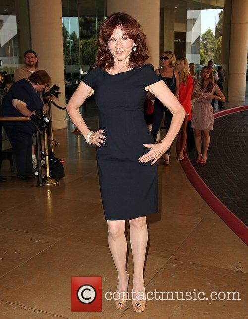 Marilu Henner and Beverly Hilton Hotel 4