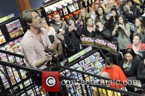 Hanson acoustic performance & autograph session presented by...
