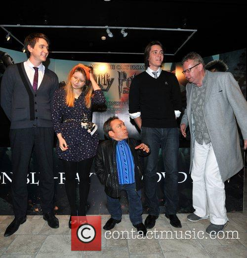 Warwick Davis, Jessie Cave, Mark Williams and Oliver Phelps 1