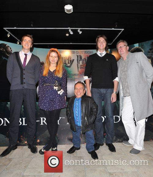 Warwick Davis, Jessie Cave, Mark Williams and Oliver Phelps 3