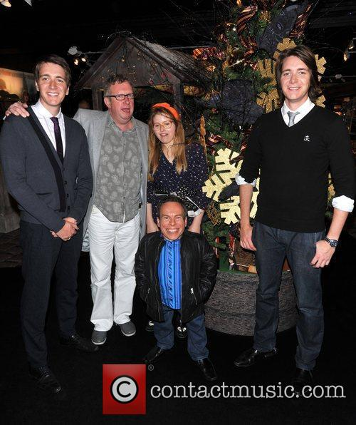 Warwick Davis, Jessie Cave, Mark Williams and Oliver Phelps 6
