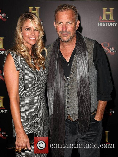 Christine Baumgartner and Kevin Costner 7