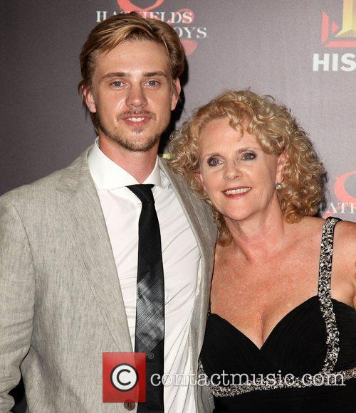 Boyd Holbrook and Ellen 1