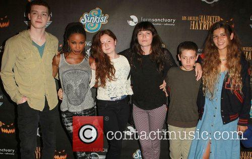 Cameron Monaghan, Shanola Hampton, Emma Kenney, Ethan Cutkosky and Guests 7