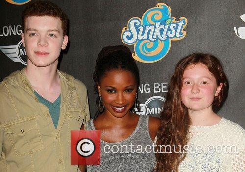 Cameron Monaghan, Shanola Hampton and Emma Kenney 5