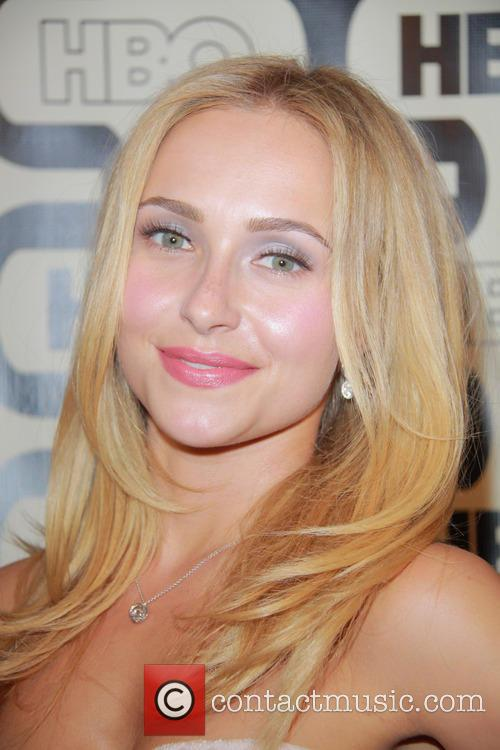 Hayden Panettiere and Beverly Hilton Hotel 3