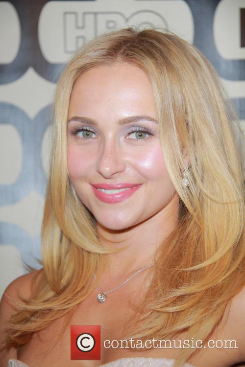 Hayden Panettiere and Beverly Hilton Hotel 5