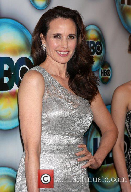 Andie Macdowell and Golden Globe 9