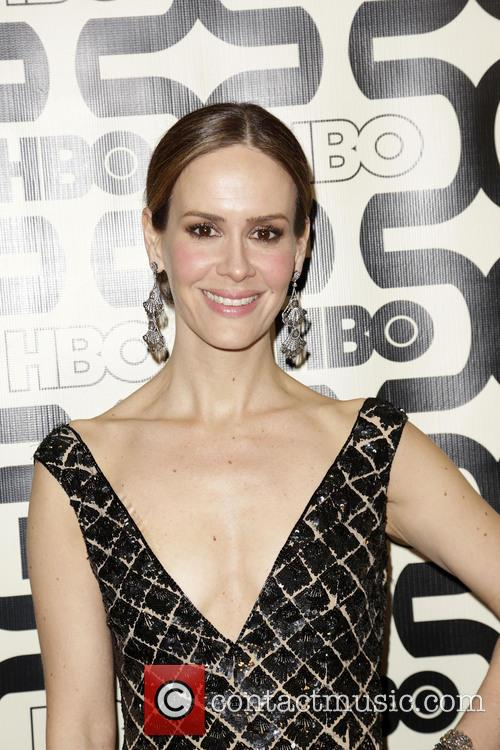 Sarah Paulson and Beverly Hilton Hotel 10