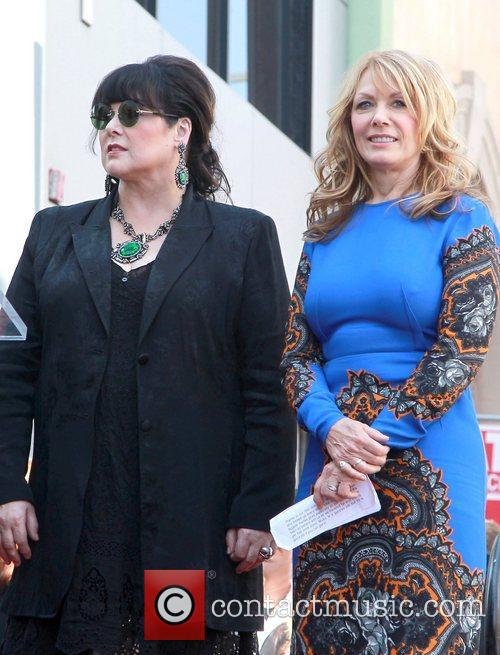 Heart, Nancy Wilson and Ann Wilson 1