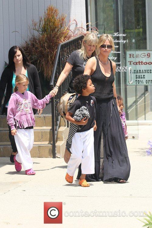 heidi klum and family leaving a karate 3924605