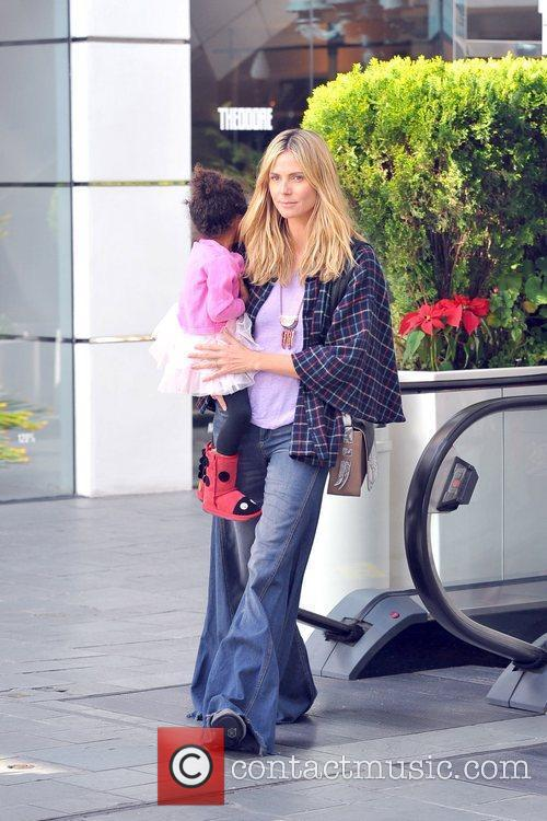 Heidi Klum, Seal and their daughters Leni Samuel...