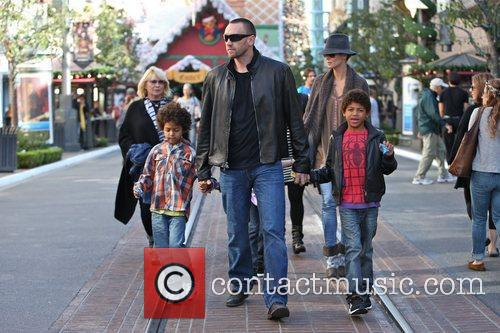 heidi klum seen with her children henry 5956178