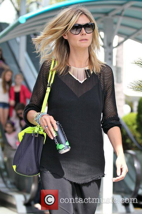 heidi klum and her daughters are seen 5807708