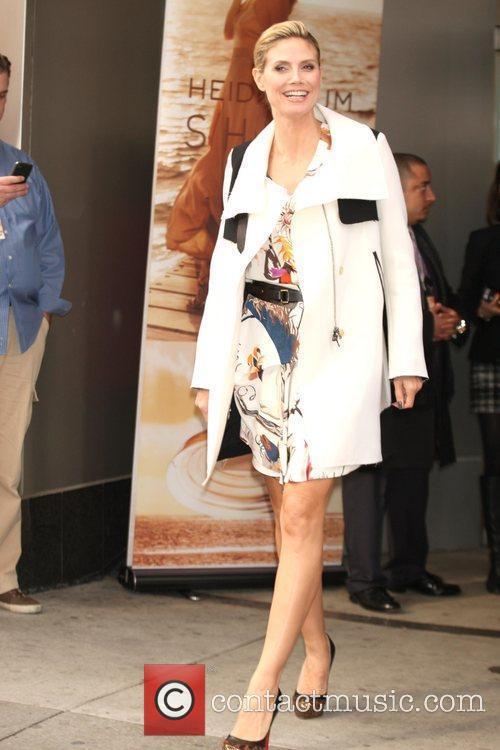 Heidi Klum and Times Square 13