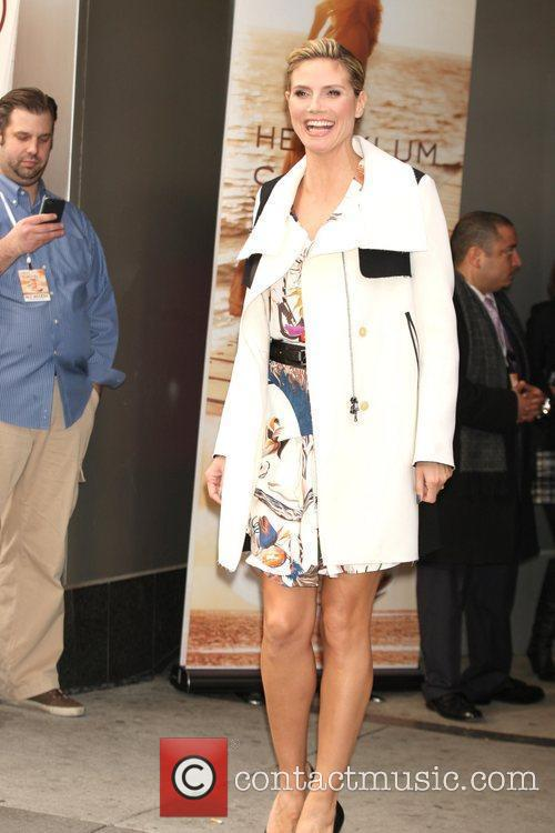 Heidi Klum and Times Square 8