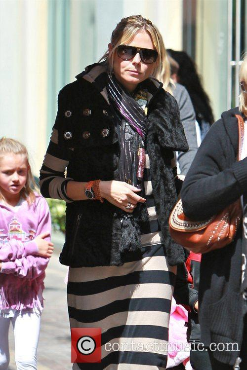 heidi klum spends the day at the 5815419