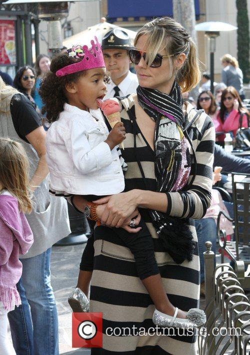 heidi klum and her family spend the 3797223