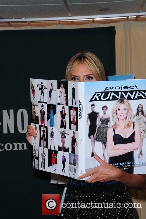 heidi klum promotes her new book project 5878665